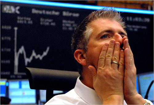 Billionaires Dumping Stocks, Economist Knows Why